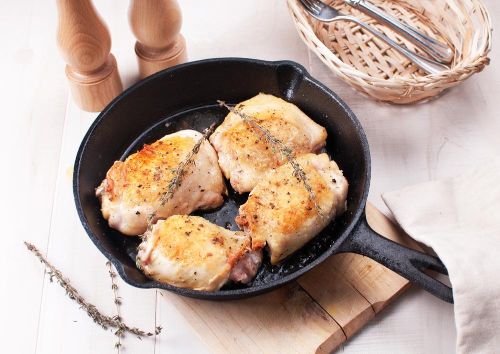 Depositphotos 21513021 m 2015 Crispy Chicken Thighs with Cauliflower and Cilantro